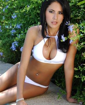 Sexy CARLA CRUZ